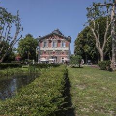 Paviljoen De Notelaer krijgt nieuwe notelaars